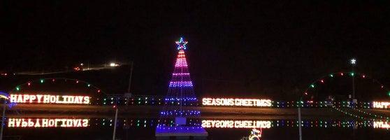 Christmas Village Pa.Koziar S Christmas Village Now Closed 5 Tips