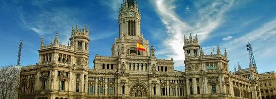 Palacio De Cibeles City Hall In Retiro