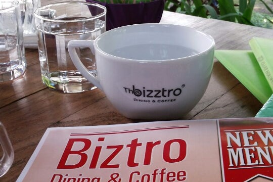 Bizztro Dining & Coffee