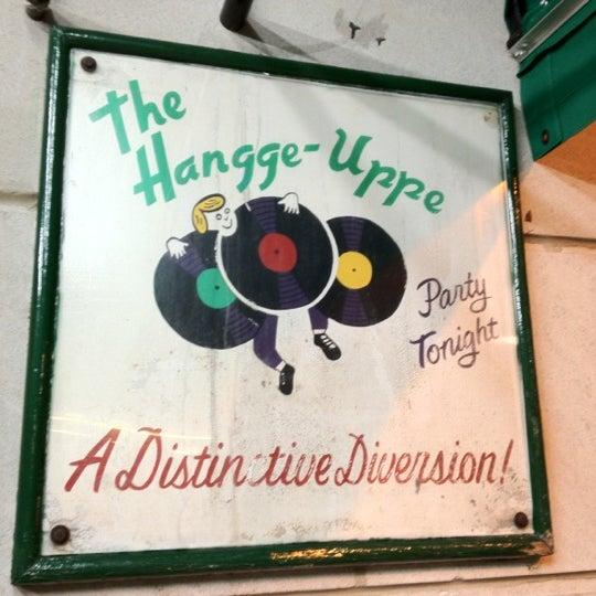 Foto scattata a The Hangge-Uppe da Nathan J. il 5/16/2012
