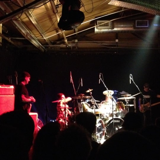 รูปภาพถ่ายที่ Warehouse Live โดย Biff B. เมื่อ 4/21/2012
