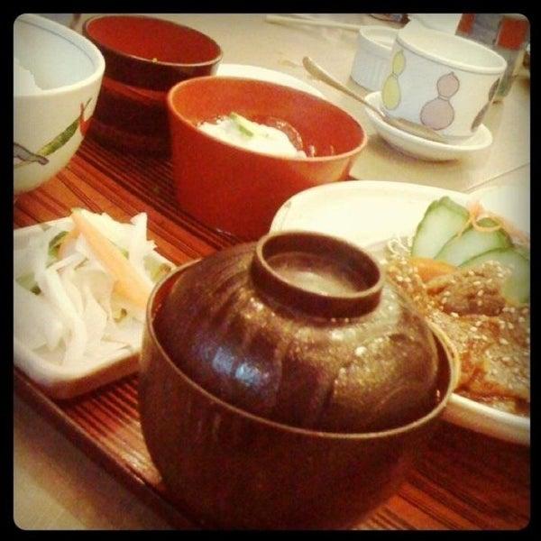 5/29/2012にCherry Rosales w.がTanabe Japanese Restaurantで撮った写真
