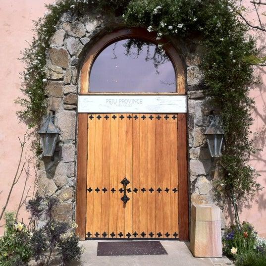 Foto scattata a Peju Province Winery da Ray A. il 4/7/2012