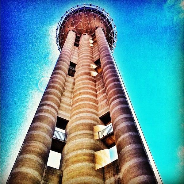 6/24/2012にJoseph Z.がReunion Towerで撮った写真