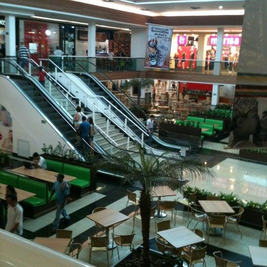 Foto diambil di Shopping Rio Claro oleh Américo V. pada 3/17/2012