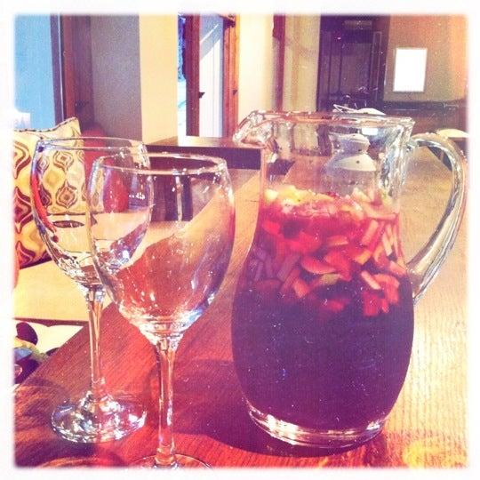 Foto diambil di Mica Restaurant & Bar oleh Tuğçe G. pada 7/21/2012