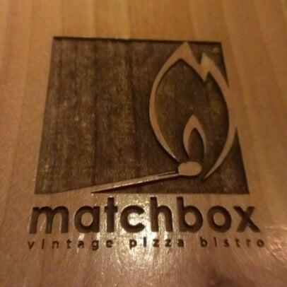Das Foto wurde bei Matchbox Vintage Pizza Bistro von Shamim A. am 8/25/2012 aufgenommen