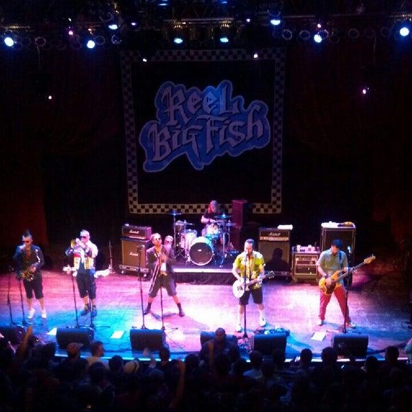Foto diambil di House of Blues oleh Jessica L. pada 7/11/2012
