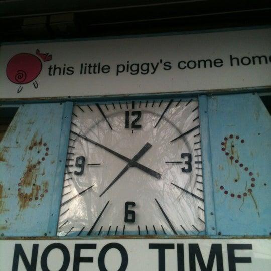 Foto tirada no(a) NOFO @ the Pig por Rob K. em 3/18/2012