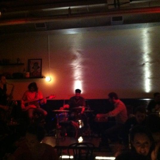 รูปภาพถ่ายที่ Cubana Social โดย Ashley B. เมื่อ 3/3/2012