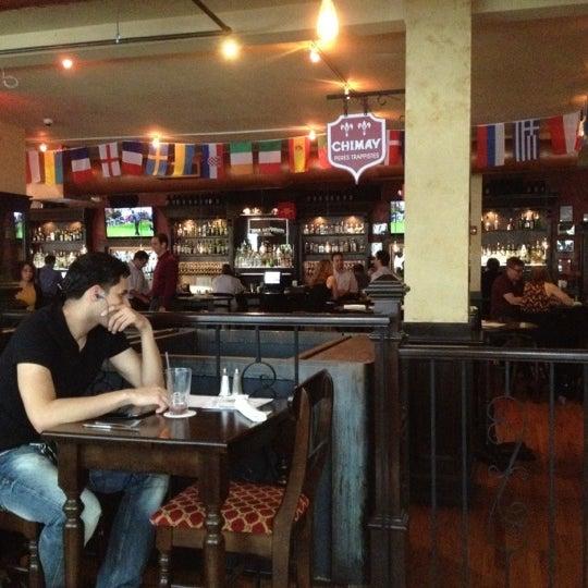 Foto diambil di Beer Authority NYC oleh Vincent C. pada 7/20/2012