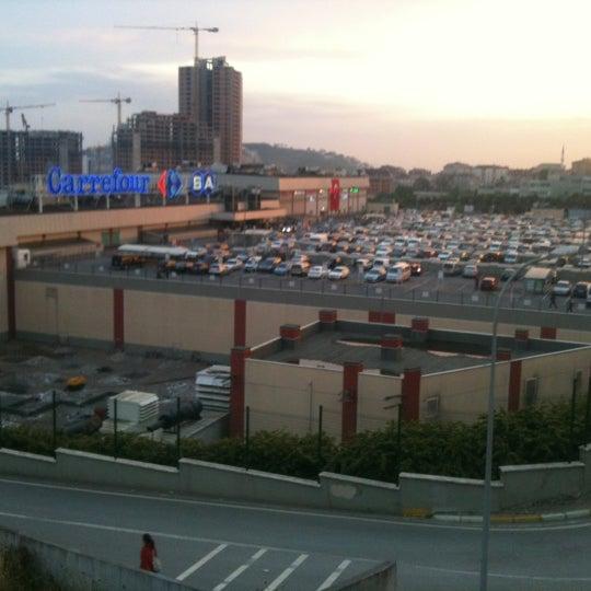 รูปภาพถ่ายที่ Maltepe Park โดย Onur E. เมื่อ 5/19/2012