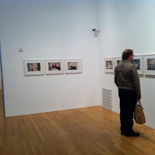 Foto diambil di Foam oleh Margot W. pada 5/19/2012