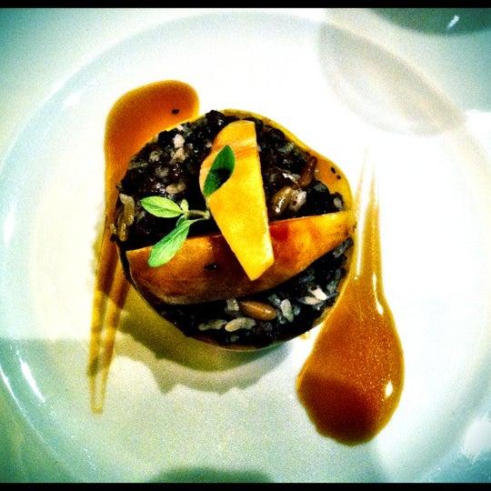 Foto diambil di Asitane Restaurant oleh Brieuc-Yves (Mellouki) C. pada 2/20/2012