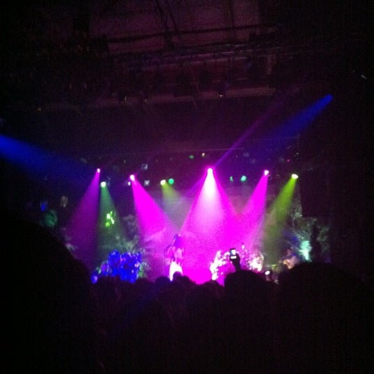 Photo prise au Irving Plaza par Lindsay D. le6/8/2012