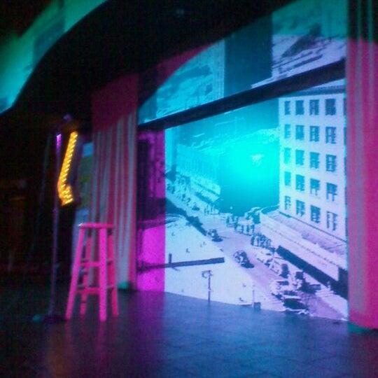 9/17/2011にmichele m.がStand Up Liveで撮った写真