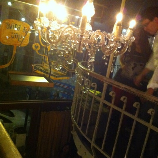 Foto tirada no(a) Bonnefooi por Elodie P. em 8/4/2012