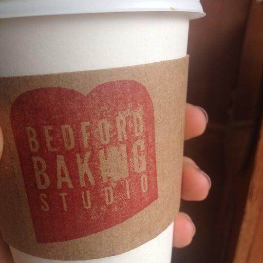 7/14/2012 tarihinde Ali M.ziyaretçi tarafından Bedford Baking Studio'de çekilen fotoğraf