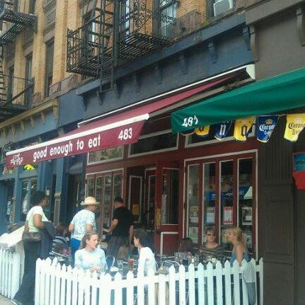 9/22/2011 tarihinde Mark K.ziyaretçi tarafından Good Enough to Eat'de çekilen fotoğraf