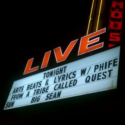 รูปภาพถ่ายที่ Warehouse Live โดย Arly เมื่อ 12/3/2011