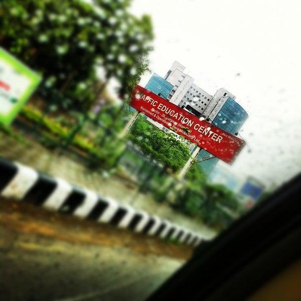 Photos at signature towers - Gurgaon, Haryāna