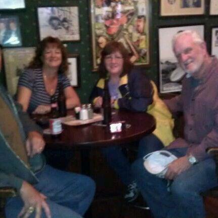 รูปภาพถ่ายที่ Tommy Condon's โดย Jerry H. เมื่อ 12/27/2011