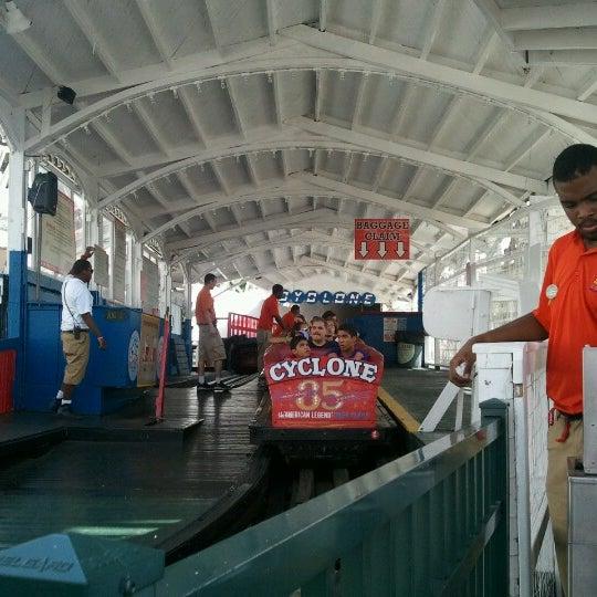 Foto tomada en The Cyclone por Kevin B. el 7/5/2012