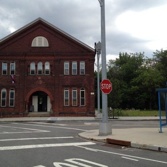 Foto diambil di Kings County Distillery oleh Stephen S. pada 8/18/2012