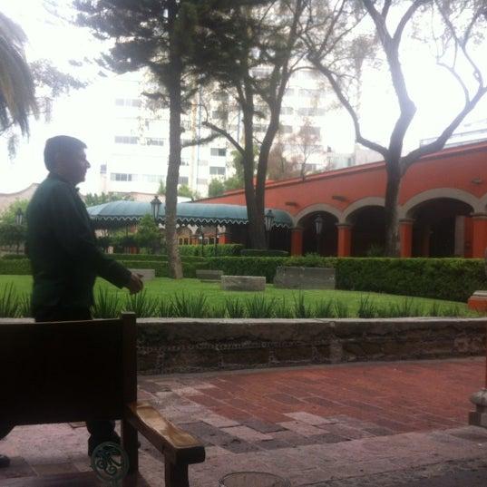 Снимок сделан в Hacienda de Los Morales пользователем Von K. 6/19/2012
