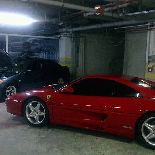 1/28/2012 tarihinde Fatih K.ziyaretçi tarafından F&F Car Clean'de çekilen fotoğraf