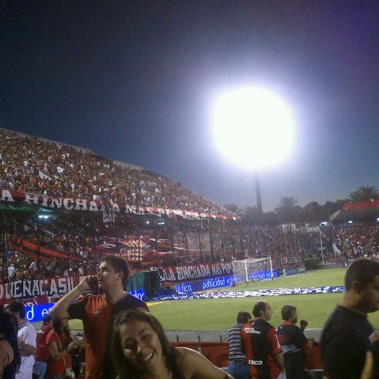 3/2/2012 tarihinde Walter K.ziyaretçi tarafından Estadio Marcelo Bielsa (Club Atlético Newell's Old Boys)'de çekilen fotoğraf