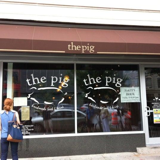 Снимок сделан в The Pig пользователем Mike F. 9/2/2012