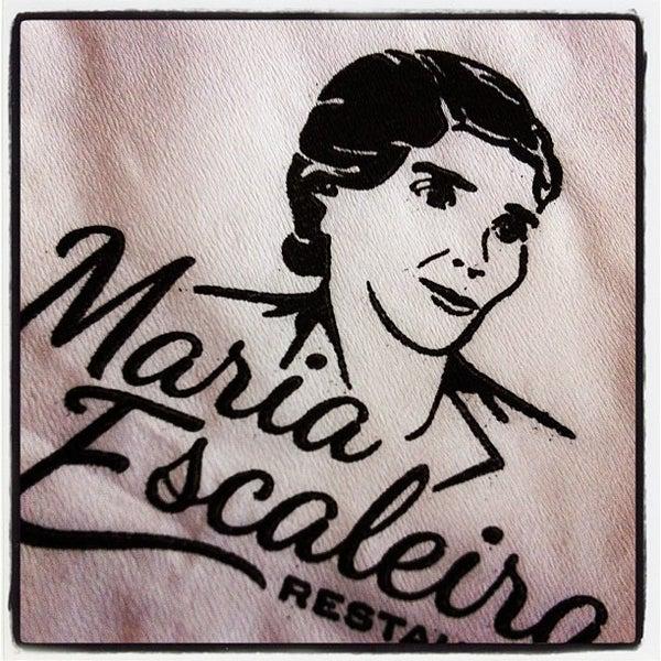 รูปภาพถ่ายที่ Maria Escaleira โดย Bia M. เมื่อ 4/25/2012