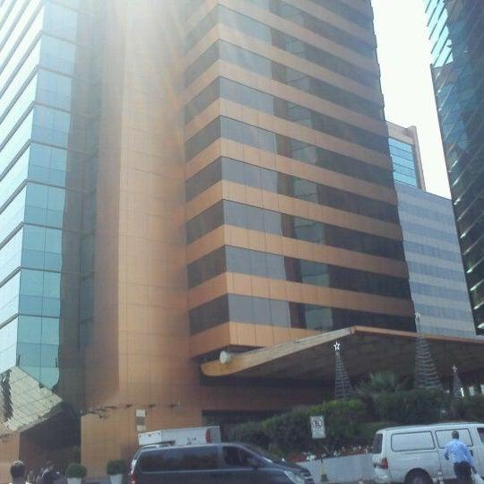 รูปภาพถ่ายที่ Courtyard by Marriott Santiago Las Condes โดย Nicole H. เมื่อ 12/30/2011