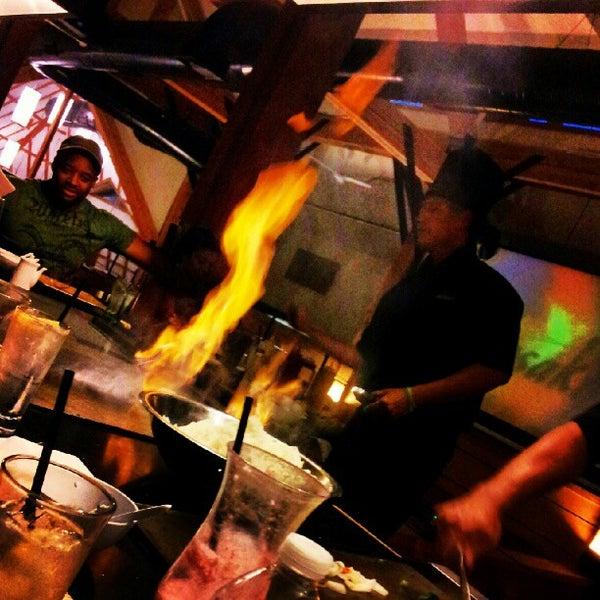 8/19/2012 tarihinde Alex P.ziyaretçi tarafından Desaki Japanese Restaurant'de çekilen fotoğraf