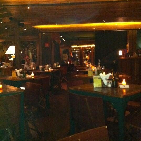 รูปภาพถ่ายที่ Bottega Bottagallo โดย Tamas J. เมื่อ 11/12/2011