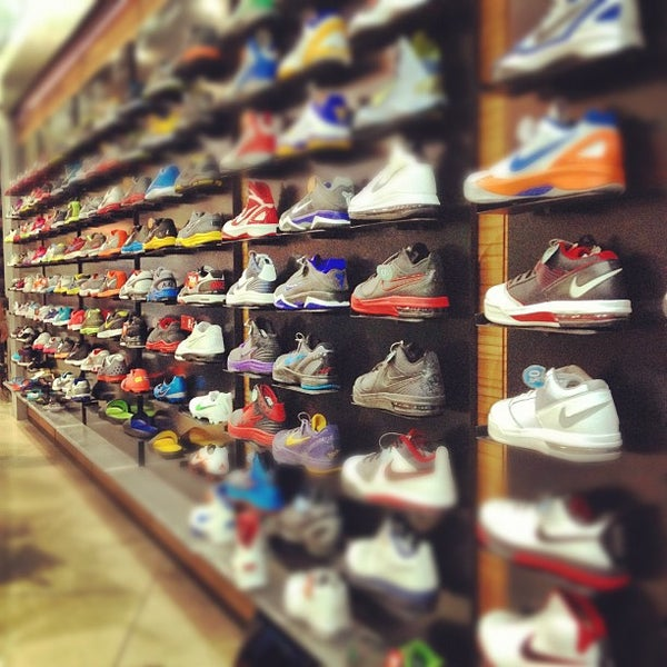 nike store in sm north
