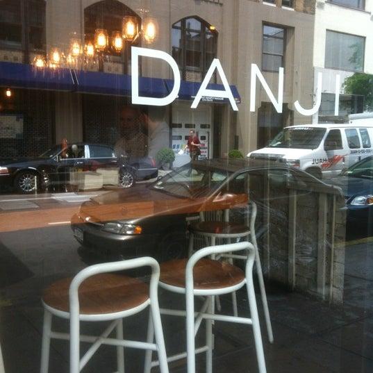 Foto diambil di Danji oleh Janiejaner G. pada 5/16/2012