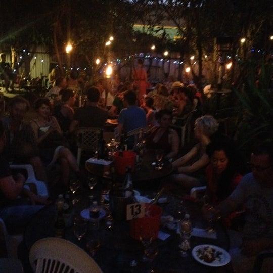 Photo prise au Bacchanal Wine par sheri' n. le5/28/2012