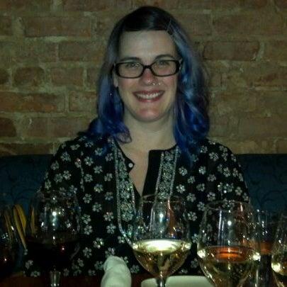 Foto scattata a Stonehome Wine Bar & Restaurant da Meredith F. il 5/12/2012