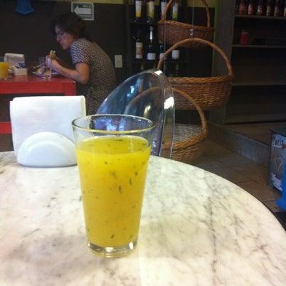 8/3/2012 tarihinde Diana M.ziyaretçi tarafından GourmArt'de çekilen fotoğraf