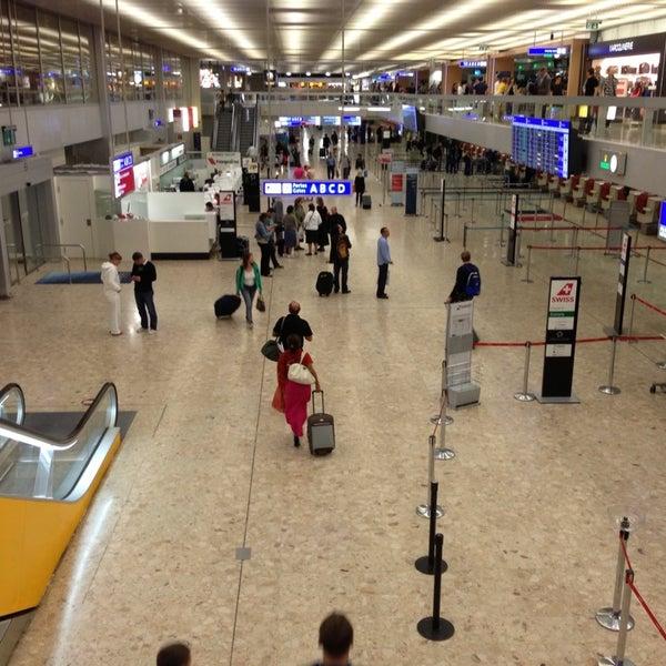 Photo prise au Aéroport de Genève Cointrin (GVA) par Pufi C. le8/26/2013