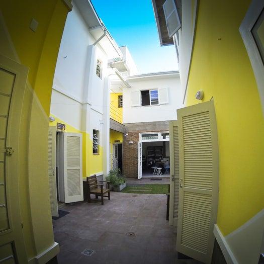 Foto tirada no(a) Brick Hostel por Brick Hostel em 11/12/2014