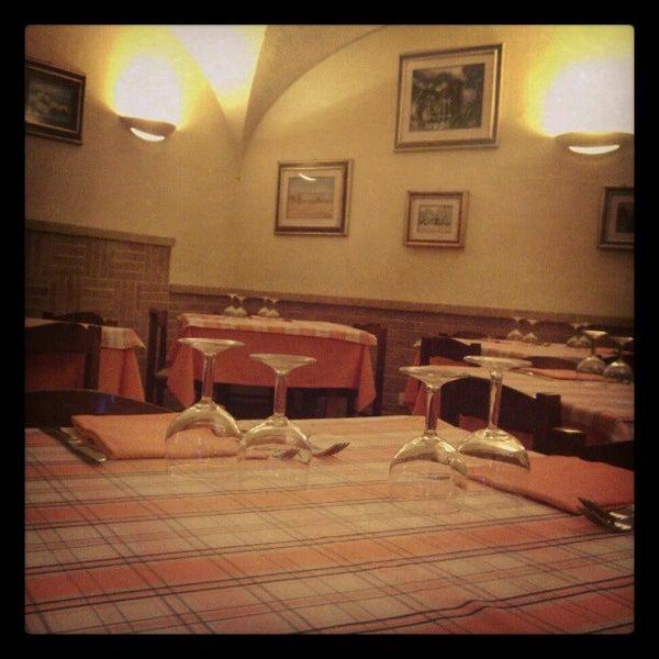 Foto scattata a Ristorante Pizzeria Dal Pescatore da Emanuele P. il 12/20/2012