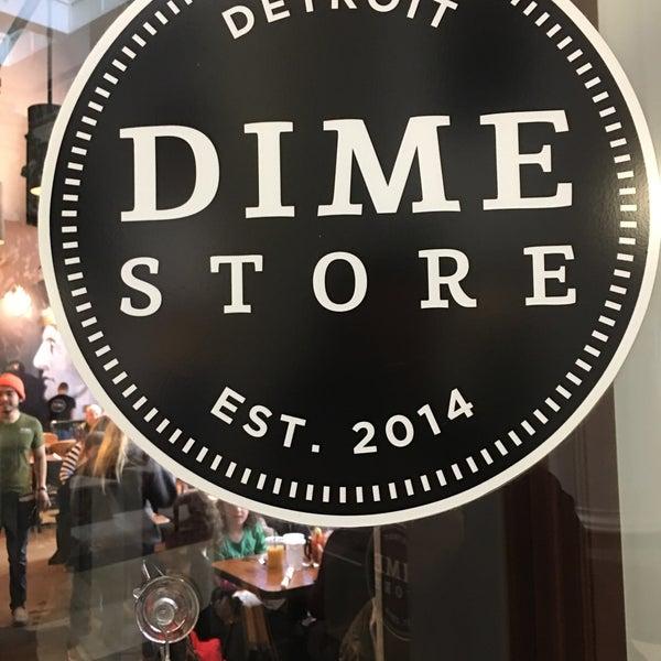 4/8/2018 tarihinde Gregory G.ziyaretçi tarafından Dime Store'de çekilen fotoğraf