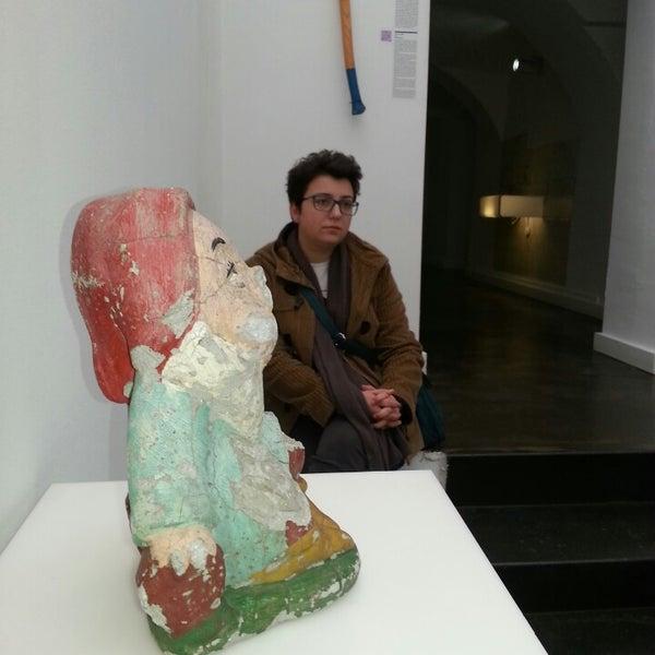 3/21/2013 tarihinde Elena P.ziyaretçi tarafından Muzej prekinutih veza | Museum of Broken Relationships'de çekilen fotoğraf