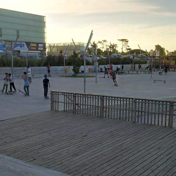 Foto tirada no(a) Costa Urbana Shopping por Santi P. em 1/24/2015
