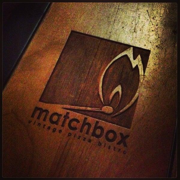 Das Foto wurde bei Matchbox Vintage Pizza Bistro von Evan B. am 2/6/2013 aufgenommen