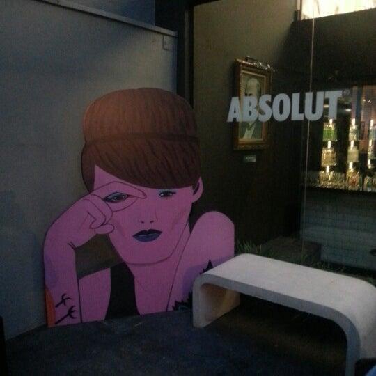 Foto diambil di Absolut Inn oleh Lais H. pada 11/15/2012