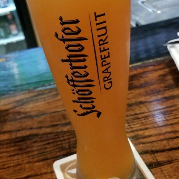 Photo prise au Wurst Und Bier par Gidget R. le9/11/2018